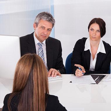 إجراء مقابلات التوظيف